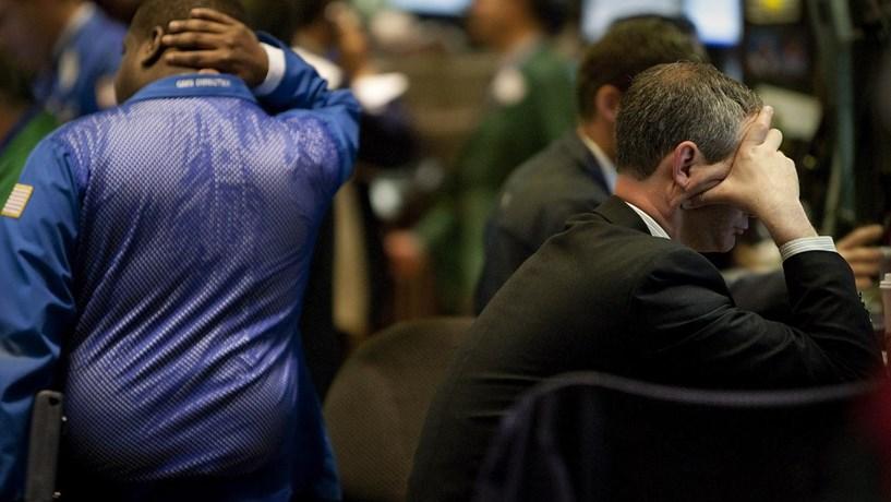 Wall Street termina semana a perder como Trump nunca tinha visto