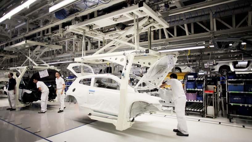Pré-acordo na Autoeuropa. Salários sobem 3,2% e grávidas recebem mais 10%