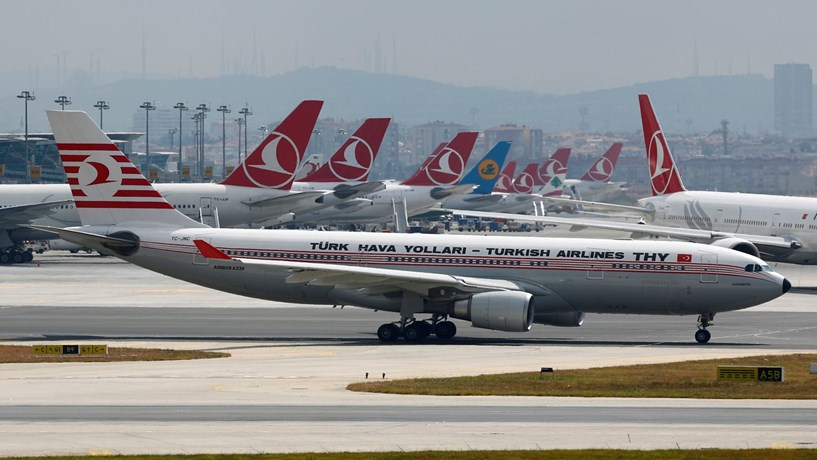 Turkish Airlines despede centenas por participação no golpe de estado