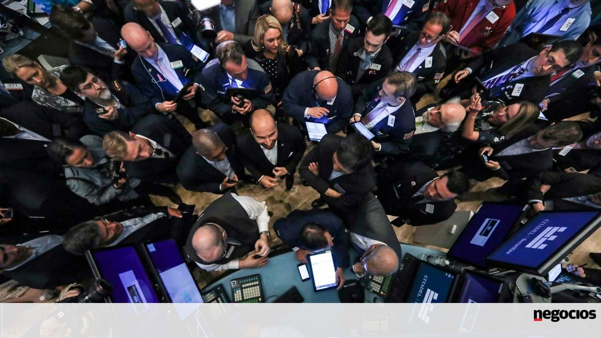 Nothing seems to stop Wall Street from climbing. Alphabet is already worth a billion