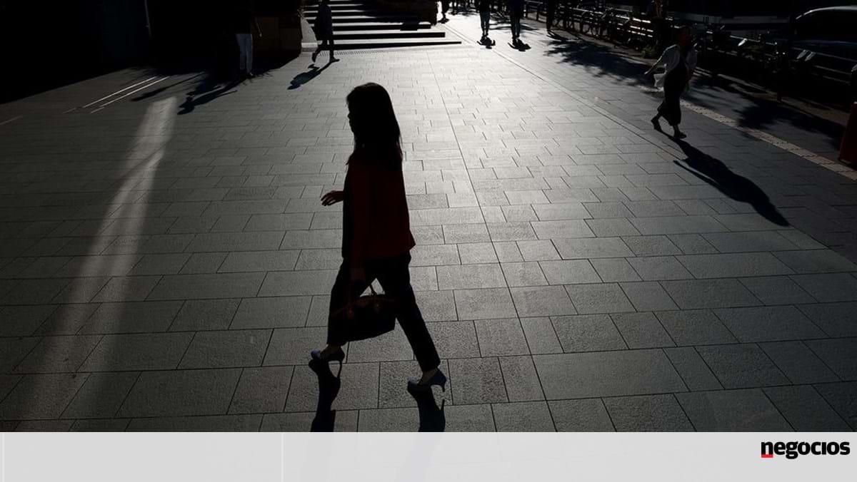 Japan's population crisis leaves women poorer